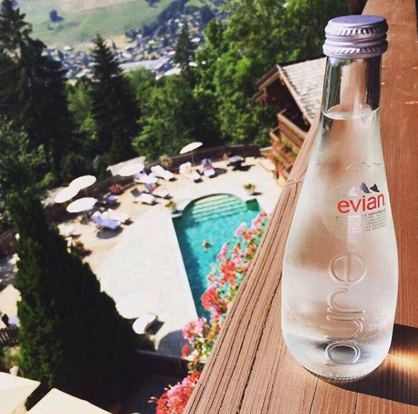 依云如何将一瓶水,卖出奢侈品的味道?